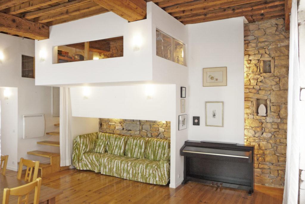astuces pour cr er une mezzanine l 39 appartement optimal. Black Bedroom Furniture Sets. Home Design Ideas